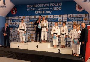 MP sen. podium -70 kg